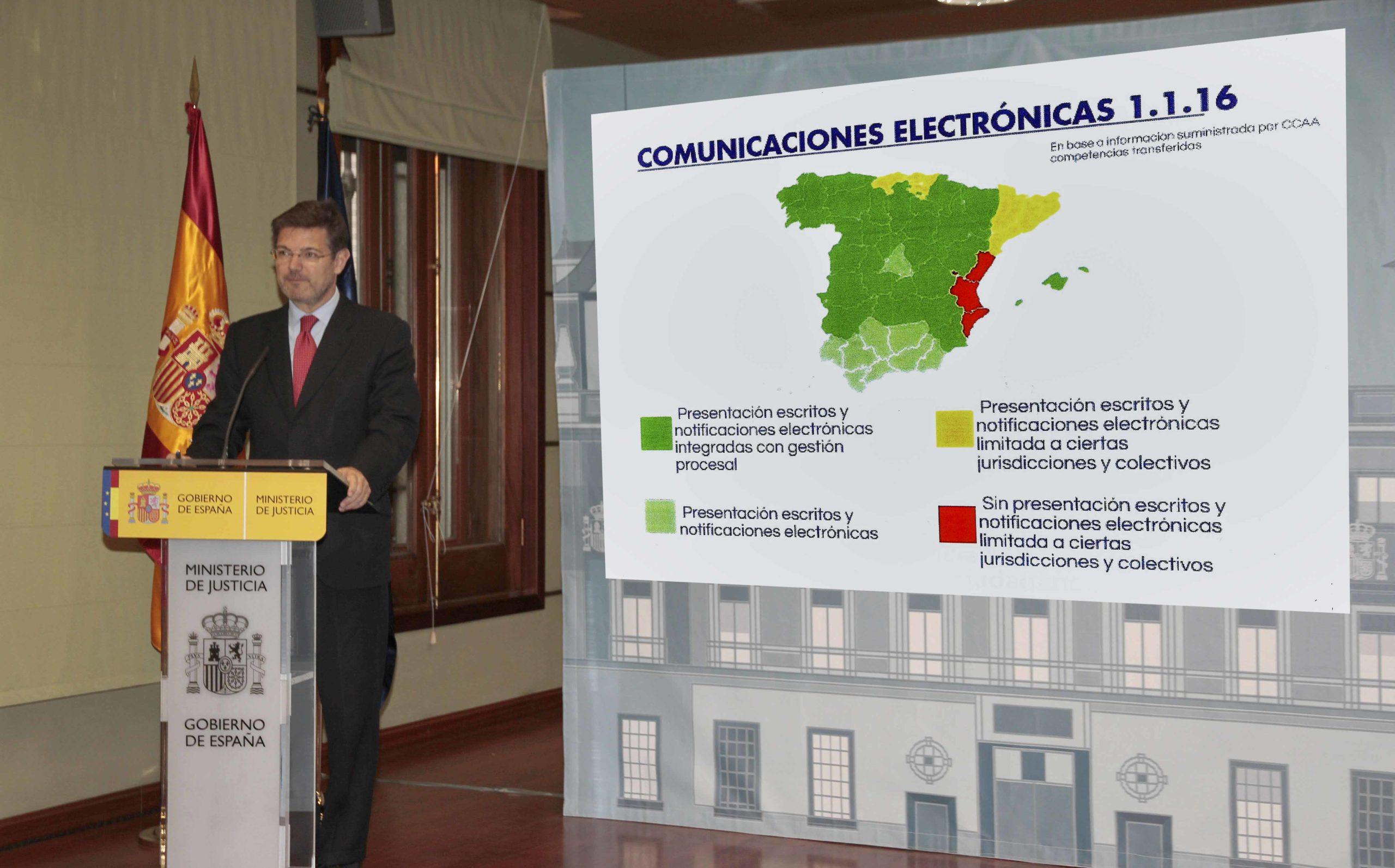 La Comunidad Valenciana es la que está a la cola de la implantación del papel cero en España, según Catalá.