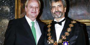 El presidente Carlos Lesmes y su amigo, Fernando Román, candidato a magistrado de la Sala de lo Contencioso-Administrativo un año y siete meses después de dejar el Gobierno.