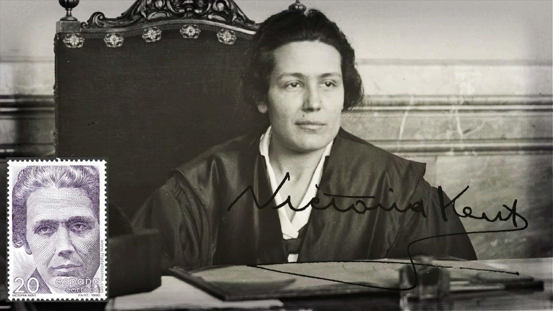 Victoria Kent en una foto de sus comienzos, como abogada, en la Audiencia Provincial de Madrid; el sello con su efigie fue acuñado en 1990 por la Fábrica Nacional de Moneda y Timbre como homenaje a su persona. RTVE.