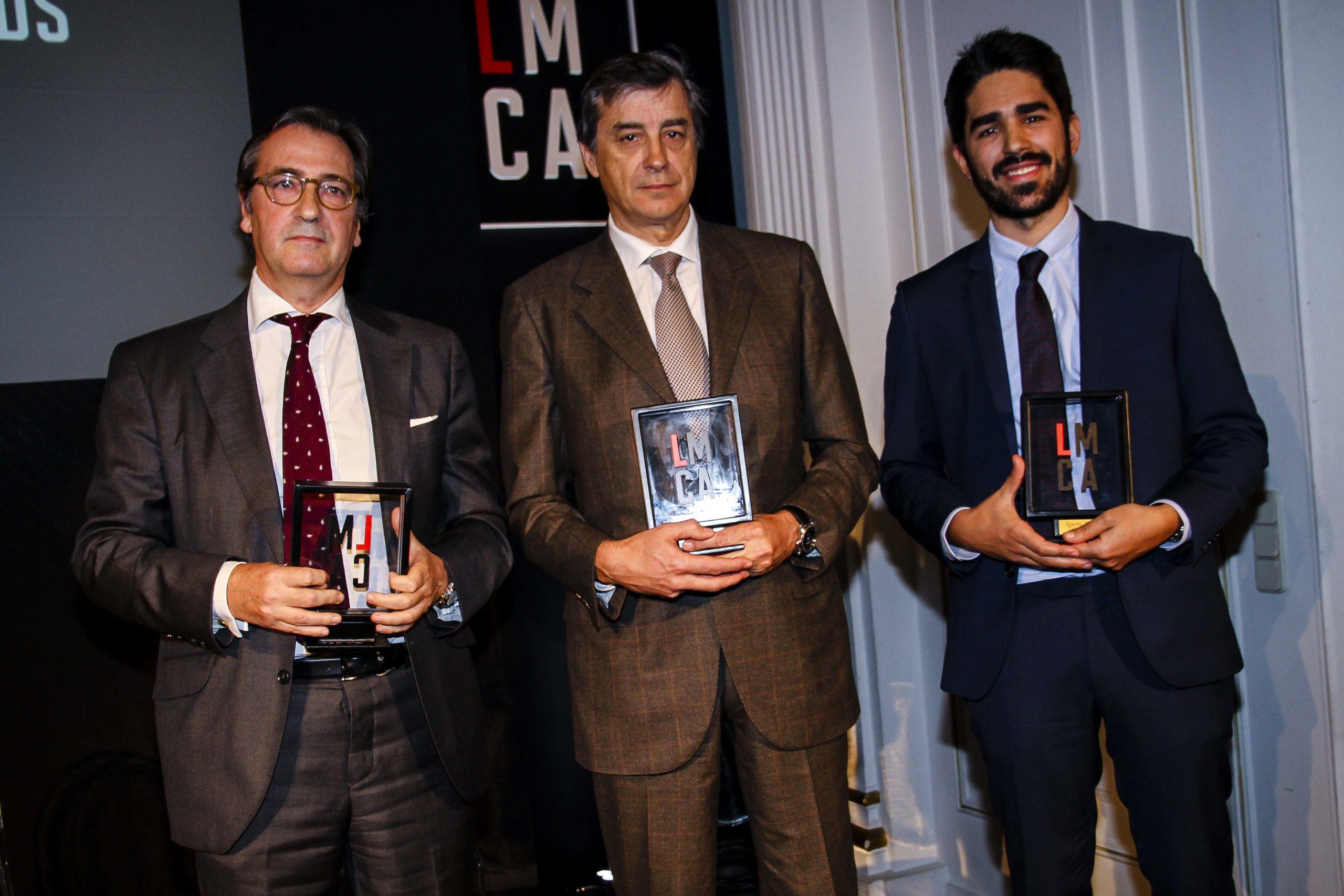 José Francisco Estévez, de Cremades & Calvo Sotelo, Agustín Bau, de Jausas, y Josep Navajo, de Delvy Law, premiados al mejor evento. Confilegal.