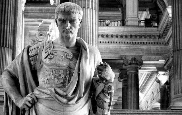 Domicio Ulpiano fue uno de los grandes juristas romanos; sus pensamientos y sus máximas todavía encuentran eco en nuestros tiempos.