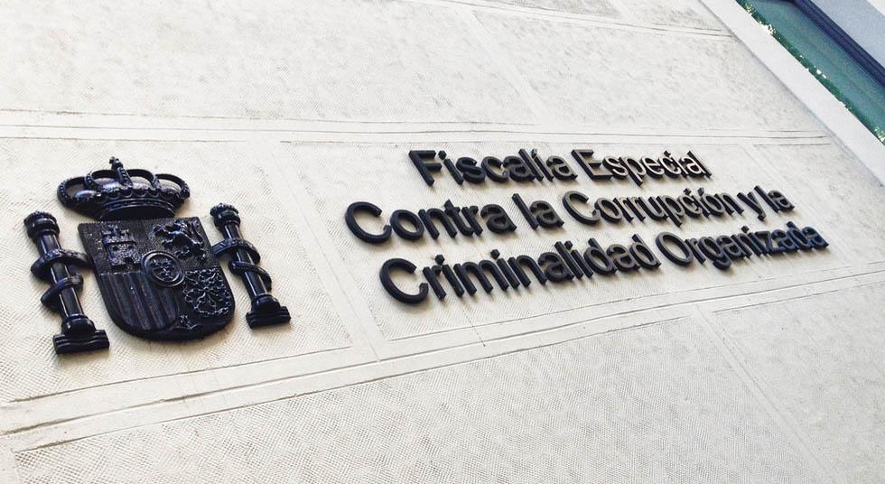El fiscal general visita Anticorrupción tras la polémica por la operación Lezo y el caso del 3%