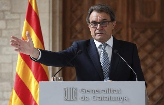 Constituido el tribunal que juzgará a Mas, Ortega y Rigau por la consulta del 9N
