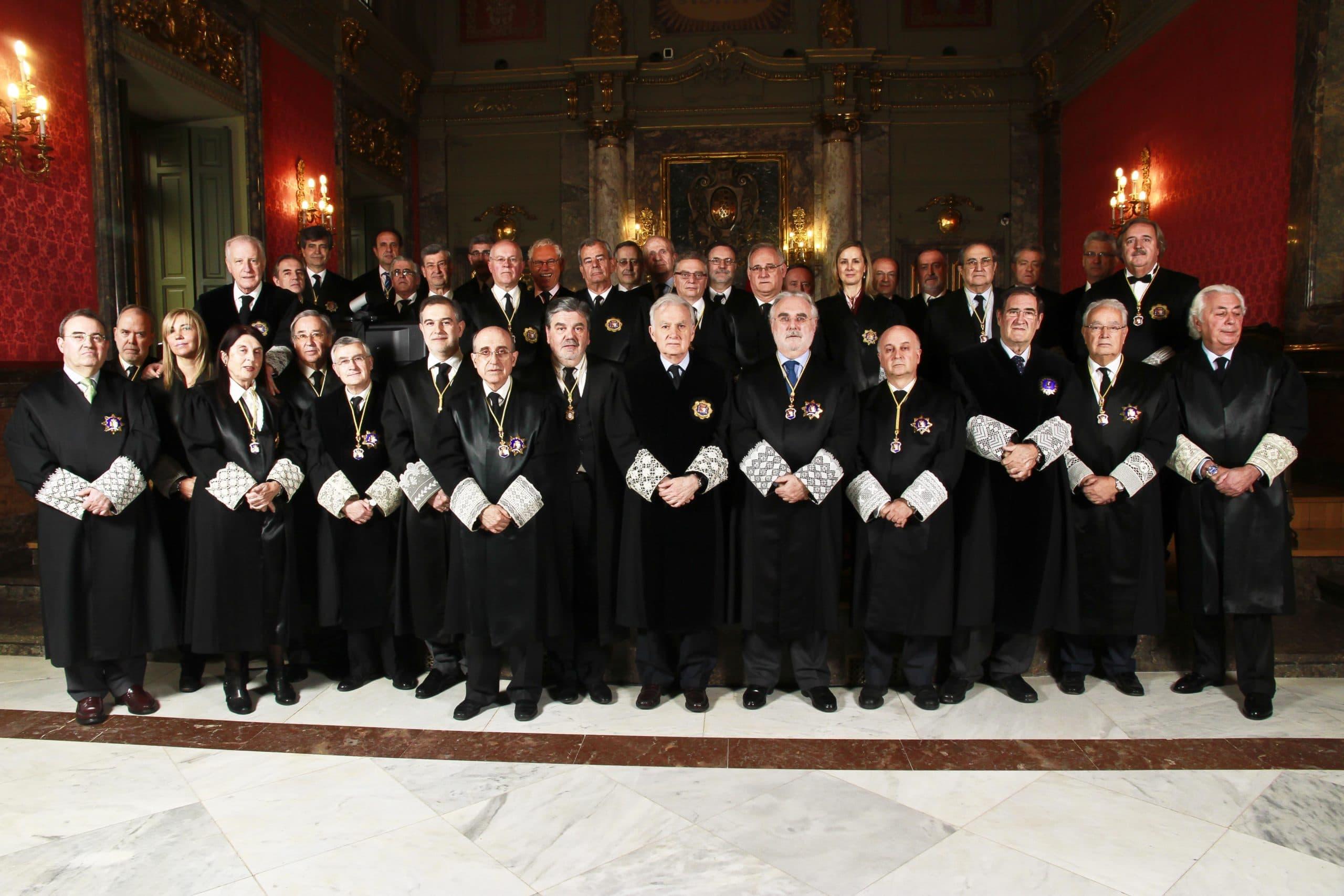 Foto oficial de la Sala de lo Contencioso-Administrativo del Tribunal Supremo en 2013. Carlos Berbell.