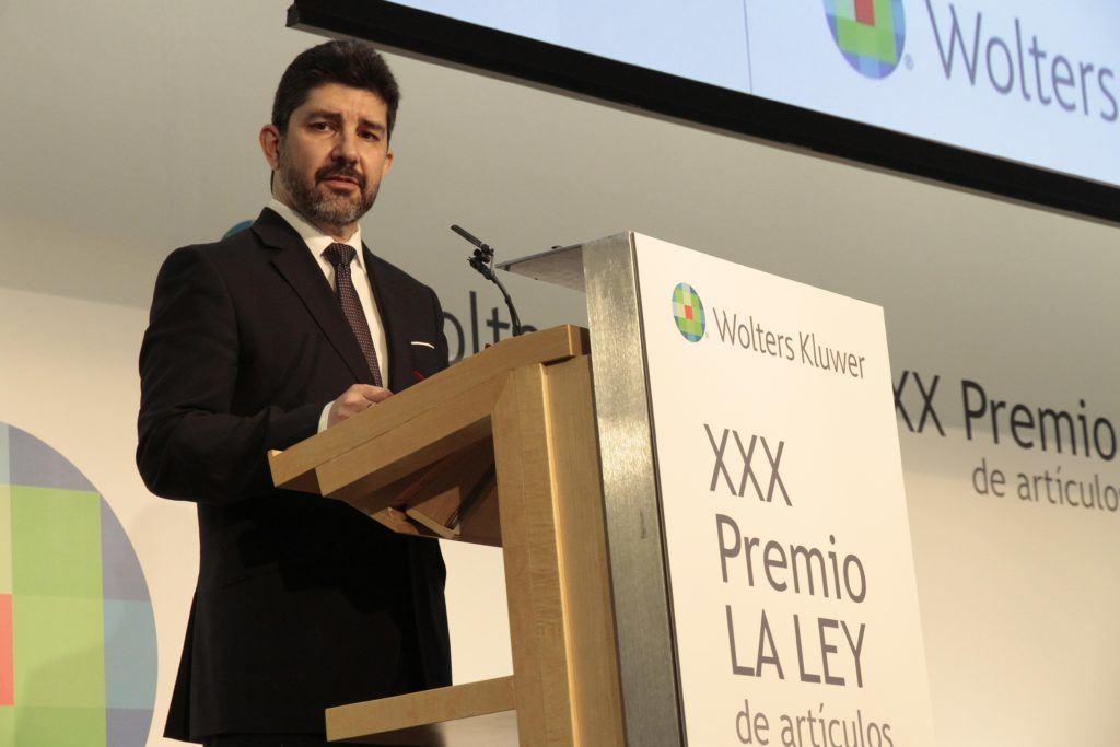 Un abogado experiodista se lleva el XXX Premio La Ley por un trabajo sobre el
