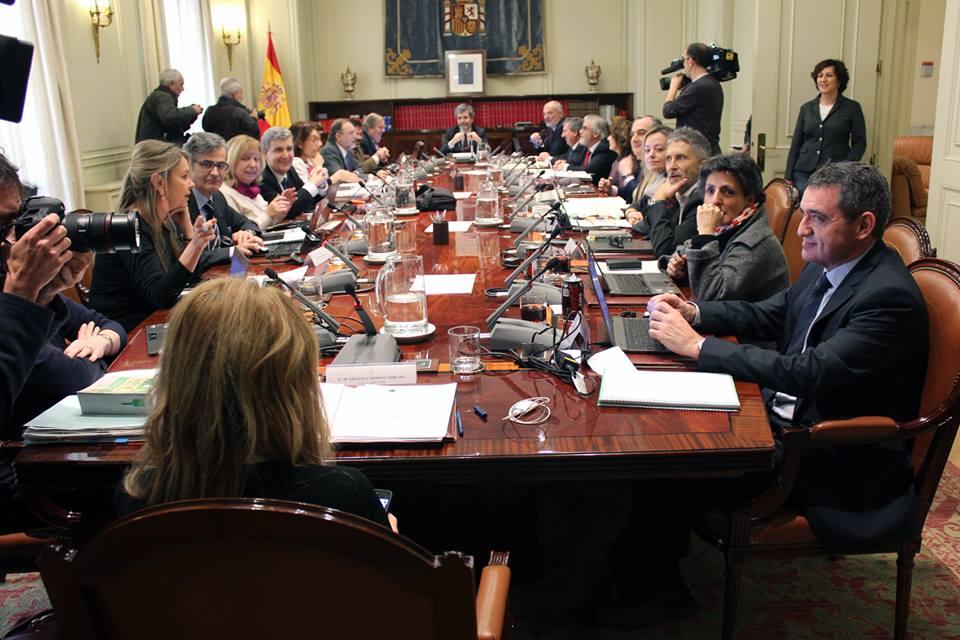 """El CGPJ comienza a poner los pies en el suelo con su """"plan de urgencia"""""""