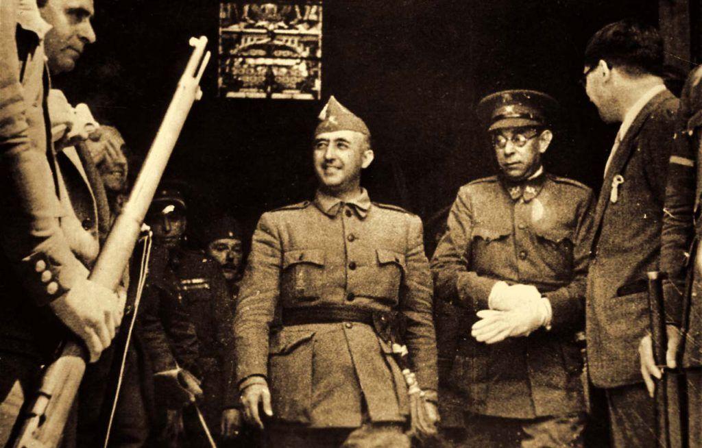 Franco amasó una fortuna equivalente a 388 millones de euros en 5 años