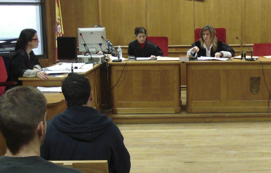 ¿En qué consisten y cómo funcionan las penas de días-multa en la Justicia española?