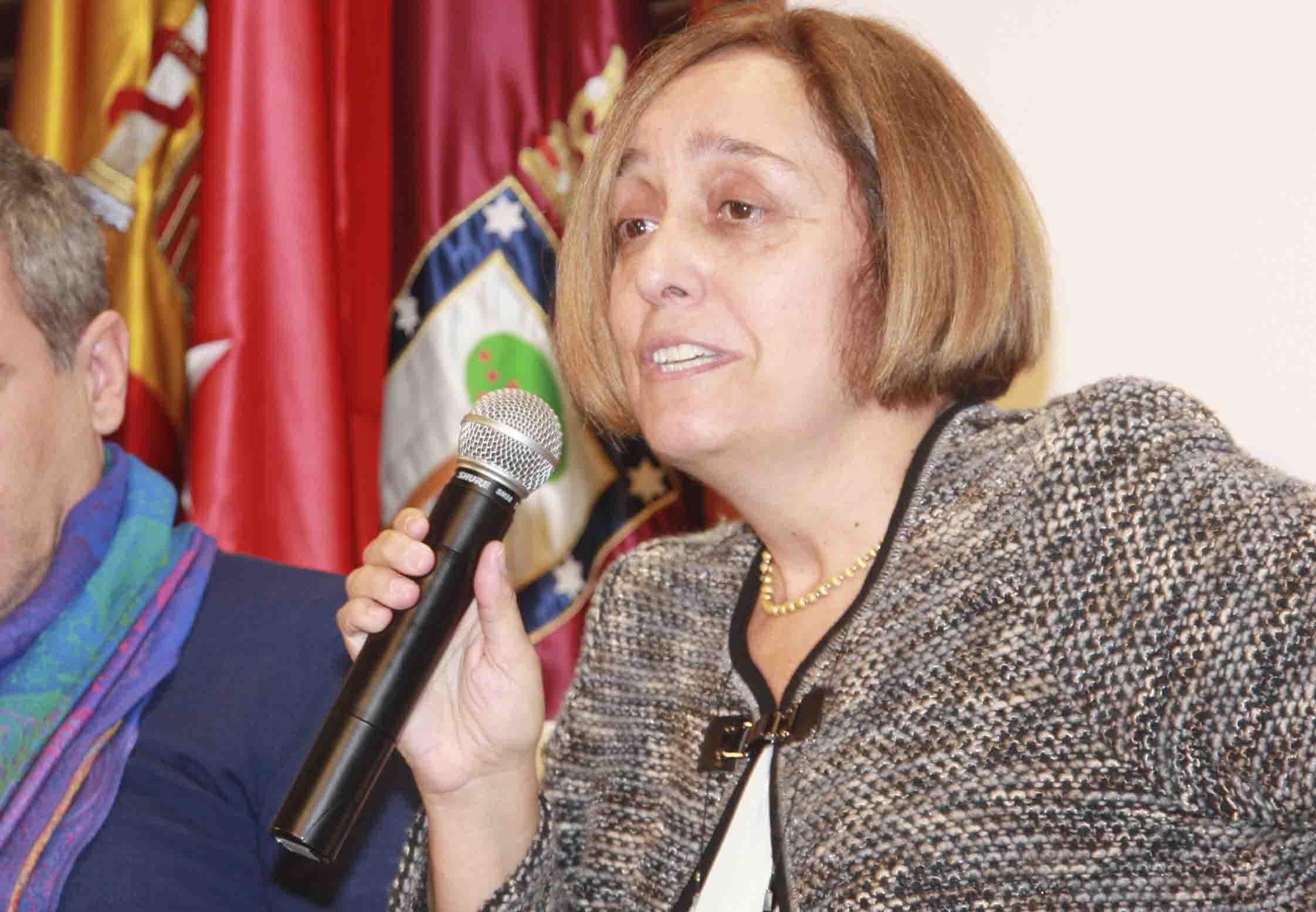La profesora de derecho civil, abogada e impulsora de la Brigada Tuitera, Verónica del Carpio. Confilegal.