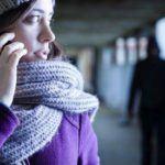 ¿Cuándo son delito las llamadas, mensajes y presencia sin que exista medida previa?