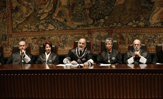 Pérez de los Cobos reconoce que el Constitucional no puede solucionar el problema catalán