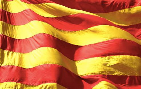 500 juristas catalanes, entre ellos los abogados de Homs, defienden que el referéndum es constitucional