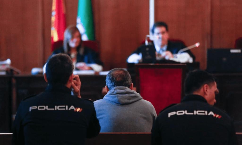 Fiscalía solicita prisión permanente para el violador del parque de María Luisa