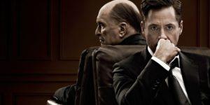 """Cartel de la película """"El Juez"""", donde Robert Downey Jr, representa el papel del abogado defensor de su padre Robert Duvall (El juez)."""