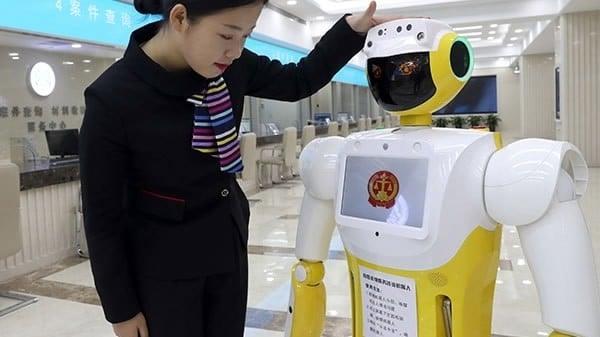 ¿Cómo va a encajar la inteligencia artificial en los despachos de abogados?