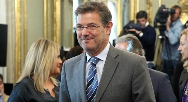 Catalá dice que investigarán los mensajes en redes sociales sobre la muerte de Maza
