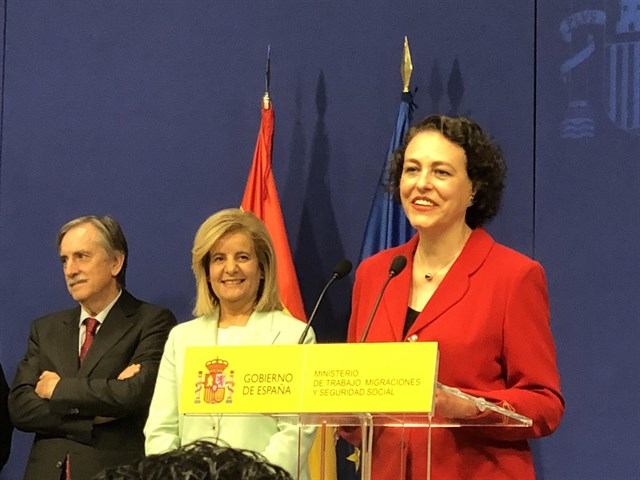 Magdalena Valerio es la actual Ministra de Trabajo, Migraciones y Seguridad Social del gobierno de España.