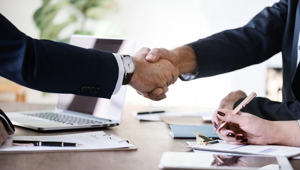 Los despachos apuestan por la formación continua de sus abogados para mejorar sus servicios