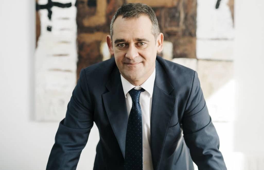 Abel Marín, abogado: «Las deudas por los avales de padres a hijos son la principal causa de renuncias en herencias»